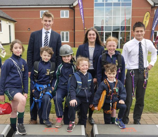 Sibford Quaker school climb Everest in step challenge